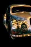 Εκλεκτής ποιότητας καλυμμένο χρώμιο αυτοκίνητο της Alfa Romeo Στοκ Φωτογραφία