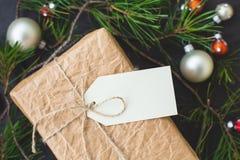 Εκλεκτής ποιότητας κιβώτιο δώρων Στοκ εικόνα με δικαίωμα ελεύθερης χρήσης