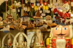 Εκλεκτής ποιότητας μαριονέτες στο στάβλο στην αγορά Χριστουγέννων, Στουτγάρδη Στοκ Φωτογραφίες