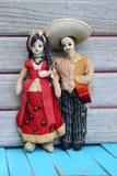 Εκλεκτής ποιότητας μεξικάνικες κούκλες υφασμάτων ζεύγους Στοκ φωτογραφίες με δικαίωμα ελεύθερης χρήσης