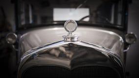 Εκλεκτής ποιότητας μπροστινό μέρος ανοικτών αυτοκινήτων Στοκ φωτογραφία με δικαίωμα ελεύθερης χρήσης