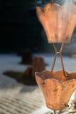 Εκλεκτής ποιότητας νερά βροχής εκκεντρικά στον κήπο zen Στοκ Εικόνες
