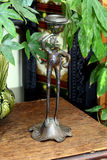 Εκλεκτής ποιότητας ορισμένος βάτραχος κάτοχος ραβδιών κεριών μετάλλων Στοκ Εικόνα