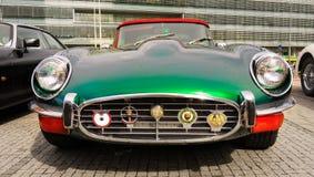 Εκλεκτής ποιότητας παλαιός κλασικός ε-τύπος ιαγουάρων αθλητικών αυτοκινήτων Στοκ Εικόνες
