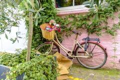Εκλεκτής ποιότητας ποδήλατο στο δρόμο Portobello στο Νότινγκ Χιλ Στοκ εικόνα με δικαίωμα ελεύθερης χρήσης