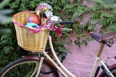 Εκλεκτής ποιότητας ποδήλατο στο δρόμο Portobello στο Νότινγκ Χιλ Στοκ Εικόνες