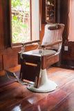 Εκλεκτής ποιότητας πολυθρόνα Barbershop Στοκ εικόνες με δικαίωμα ελεύθερης χρήσης
