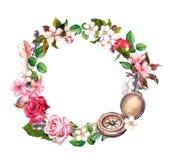 Εκλεκτής ποιότητας πυξίδα, λουλούδια, φτερά Στεφάνι έννοιας ταξιδιού Πλαίσιο κύκλων Watercolor Στοκ εικόνα με δικαίωμα ελεύθερης χρήσης