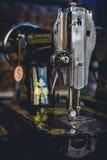 Εκλεκτής ποιότητας ράβοντας μηχανές Στοκ φωτογραφία με δικαίωμα ελεύθερης χρήσης