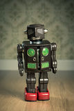 Εκλεκτής ποιότητας ρομπότ παιχνιδιών κασσίτερου Στοκ φωτογραφίες με δικαίωμα ελεύθερης χρήσης