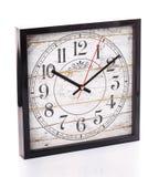 Εκλεκτής ποιότητας ρολόι που απομονώνεται στο άσπρο υπόβαθρο Στοκ φωτογραφία με δικαίωμα ελεύθερης χρήσης