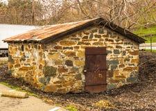 Εκλεκτής ποιότητας σπίτι βράχου σκονών από τις ημέρες μεταλλείας στοκ φωτογραφίες