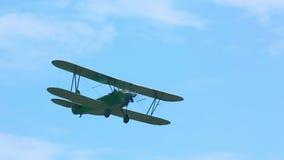 Εκλεκτής ποιότητας στρατιωτικό biplane φιλμ μικρού μήκους