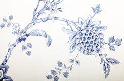 Εκλεκτής ποιότητας ταπετσαρία με το μπλε σχέδιο σύντομων χρονογραφημάτων Στοκ Φωτογραφία