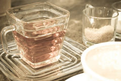 Εκλεκτής ποιότητας τσάι styleof στοκ φωτογραφίες