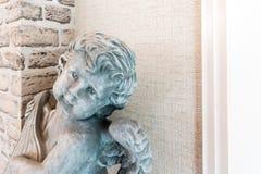 Εκλεκτής ποιότητας υπόβαθρο συλληπητήριων ύφους αγαλμάτων Cupid Στοκ Εικόνες