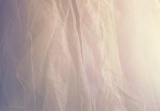 Εκλεκτής ποιότητας υπόβαθρο σύστασης σιφόν του Tulle γάμος σκαλοπατιών πορτρέτου φορεμάτων έννοιας νυφών Στοκ εικόνα με δικαίωμα ελεύθερης χρήσης