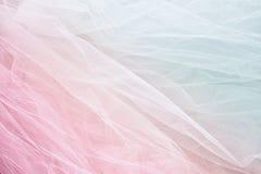 Εκλεκτής ποιότητας υπόβαθρο σύστασης σιφόν του Tulle γάμος σκαλοπατιών πορτρέτου φορεμάτων έννοιας νυφών ο τρύγος φιλτράρισε και  Στοκ φωτογραφίες με δικαίωμα ελεύθερης χρήσης