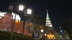 Εκλεκτής ποιότητας φανάρια στο υπόβαθρο της Μόσχας Κρεμλίνο απόθεμα βίντεο