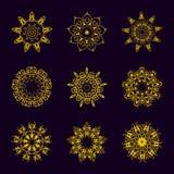 Εκλεκτής ποιότητας χρυσό σχέδιο στο σκοτεινό υπόβαθρο Στοκ φωτογραφία με δικαίωμα ελεύθερης χρήσης