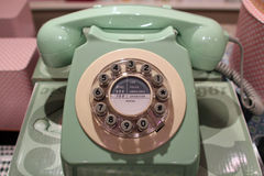 Εκλεκτής ποιότητας χλωμός - πράσινο τηλέφωνο Στοκ φωτογραφία με δικαίωμα ελεύθερης χρήσης