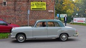 Εκλεκτής ποιότητας Benz Mecedes 190, W121 Στοκ φωτογραφία με δικαίωμα ελεύθερης χρήσης
