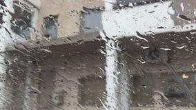 εκλεκτική επιφάνεια εικόνας γυαλιού εστίασης waterdrops απόθεμα βίντεο