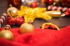 Εκλεκτικό υπόβαθρο Χριστουγέννων εστίασης Στοκ φωτογραφία με δικαίωμα ελεύθερης χρήσης