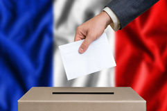 Εκλογή στη Γαλλία - που ψηφίζει στο κάλπη στοκ φωτογραφίες με δικαίωμα ελεύθερης χρήσης