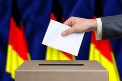 Εκλογή στη Γερμανία - που ψηφίζει στο κάλπη στοκ εικόνες