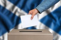 Εκλογή στη Σκωτία - που ψηφίζει στο κάλπη στοκ φωτογραφία με δικαίωμα ελεύθερης χρήσης