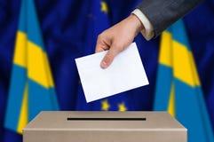 Εκλογή στη Σουηδία - που ψηφίζει στο κάλπη στοκ φωτογραφία με δικαίωμα ελεύθερης χρήσης