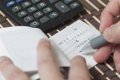 ελέγξτε το γράψιμο στοκ εικόνες