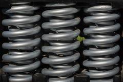 Ελατήρια χάλυβα που χρησιμοποιούνται στα βαριά μηχανήματα Στοκ Εικόνα