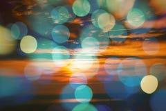 Ελαφριά επίδραση μορφών στον ουρανό ηλιοβασιλέματος Στοκ φωτογραφίες με δικαίωμα ελεύθερης χρήσης