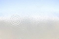 Ελαφριά επιφάνεια μεταλλινών Πλαστικό γυαλί κυμάτωση Άσπρο γκρίζο υπόβαθρο κλίσης ελεύθερη απεικόνιση δικαιώματος