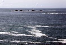 ελαφριά θάλασσα βράχων σπ&io Στοκ φωτογραφία με δικαίωμα ελεύθερης χρήσης