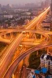 ελαφριά νύχτα αυτοκινητόδ Στοκ Εικόνες