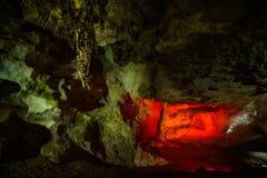 Ελαφριά τέχνη στη σπηλιά PROMETHEUS στοκ φωτογραφίες
