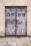 Ελαφρύς τοίχος της οικοδόμησης βρώμικη πόρτα παλαιά Στοκ εικόνα με δικαίωμα ελεύθερης χρήσης