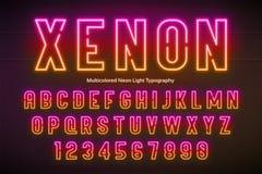 Ελαφρύ αλφάβητο νέου, πολύχρωμη πρόσθετη καμμένος πηγή Στοκ εικόνες με δικαίωμα ελεύθερης χρήσης