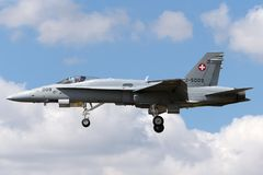 Ελβετικά μαχητικά αεροσκάφη j-5009 του McDonnell Douglas F/A-18C Hornet Πολεμικής Αεροπορίας Στοκ Εικόνες