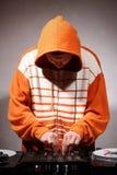 ελεγκτής DJ που αναμιγνύε στοκ εικόνα