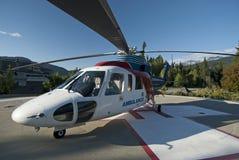 Ελικόπτερο ασθενοφόρων στα βουνά Στοκ Εικόνα