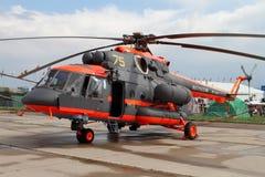 Ελικόπτερο mi-8 στη διεθνή αεροπορία και το διαστημικό σαλόνι Μ Στοκ Εικόνες