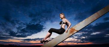 ελκυστικές dusk πρότυπες ν&epsilo Στοκ Φωτογραφίες
