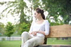 Ελκυστική υγιής ασιατική γυναίκα στοκ εικόνα με δικαίωμα ελεύθερης χρήσης