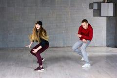 Ελκυστικός κοινωνικός χορός χορού ζευγών στοκ φωτογραφίες με δικαίωμα ελεύθερης χρήσης