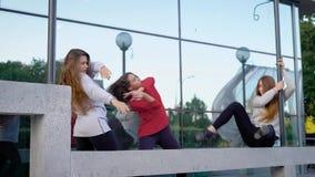Ελκυστικός νέος χορός γυναικών απόθεμα βίντεο