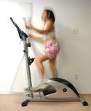 ελλειπτική γυναίκα κινήσεων στοκ φωτογραφίες